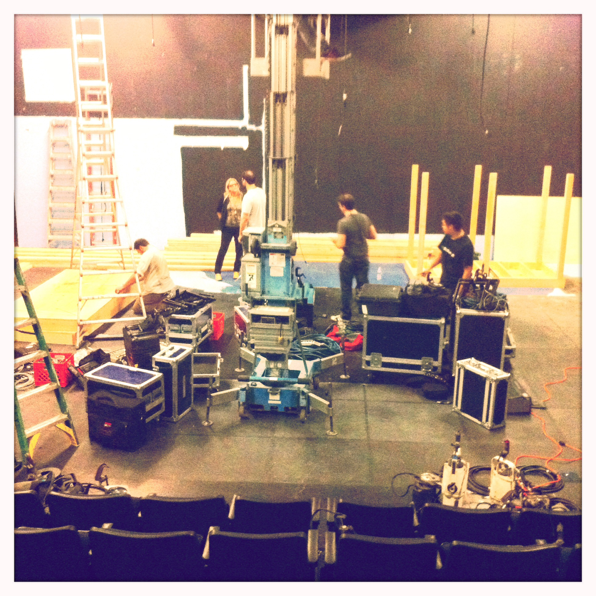 Load-in  Los Angeles