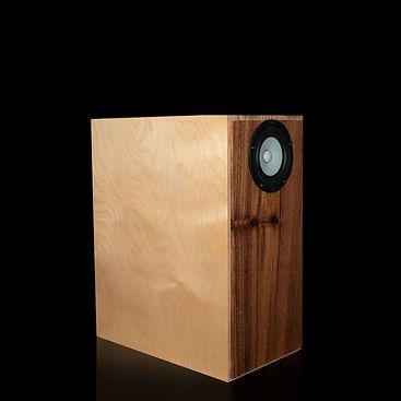 shinjitsu-wood-backloaded-horn-front_edi