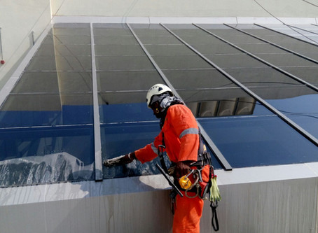 Cost to Hire Commercial Window Cleaners in Calgary