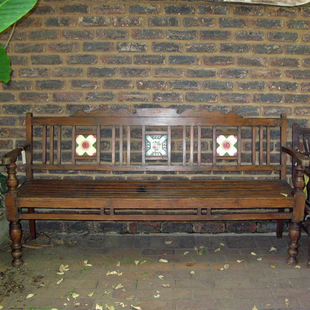 Garden-bench-India.jpg