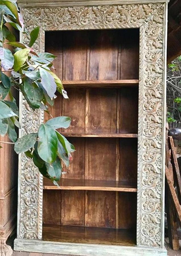 bookcase-tall.jpg