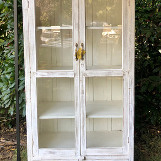 Cupboard-White-2021