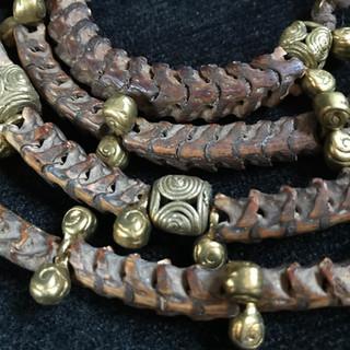Snake vertebrae West African brass