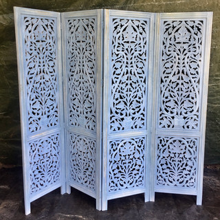 Folding carved screen