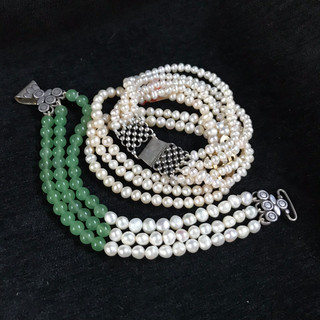 Pearl and / or jade silver clasps