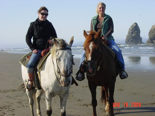 Aug-Kath ocean horse ride