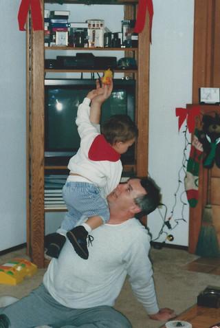 1992-12 Lant 120 Cody climbing up Grandp