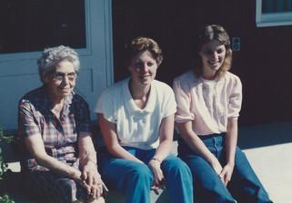 Aug - Elva, Ann, Kath