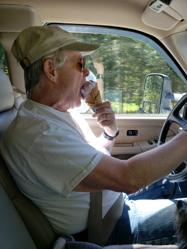 Coeur d'Alene River - Ice Cream!