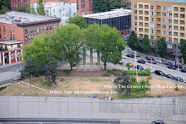 Bob-Life_in_Seattle_-_Plymouth_Pillars_P