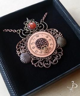 "Collier pendentif ""Marée Rose"""