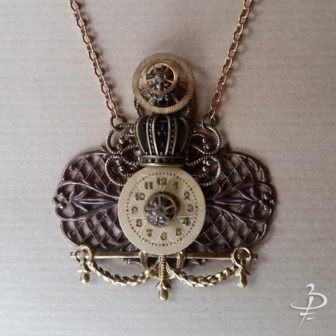 """Collier pendentif """"Royal Victorien"""""""