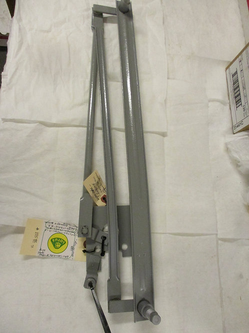 Cortina MK2 Wiper Transmission Pivot Assembly (Refurbished)