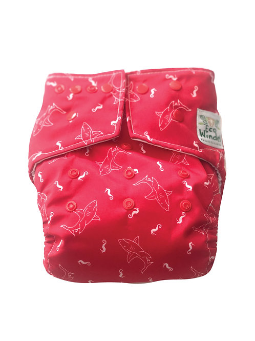 Pañal Tiburones rojo + inserto absorbente