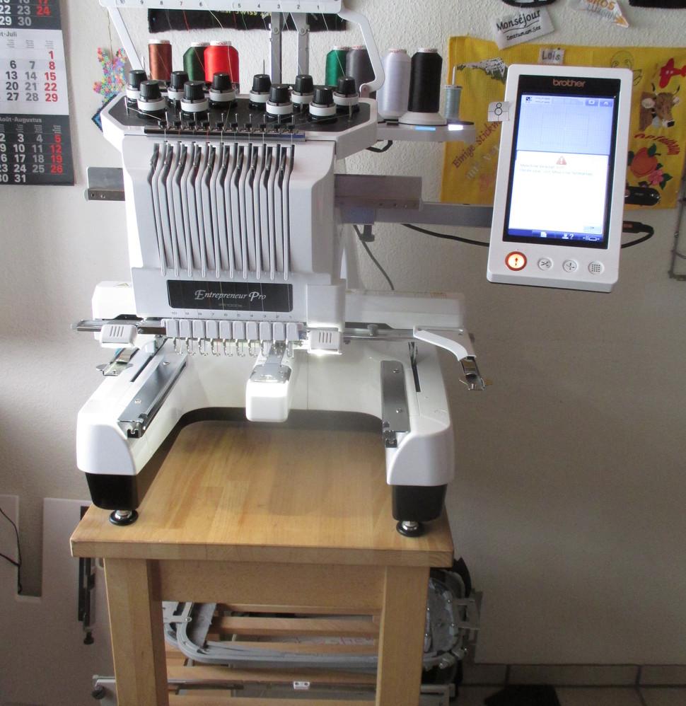 Brother Stickmaschine Pr1000e