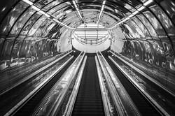 escalator-1667564