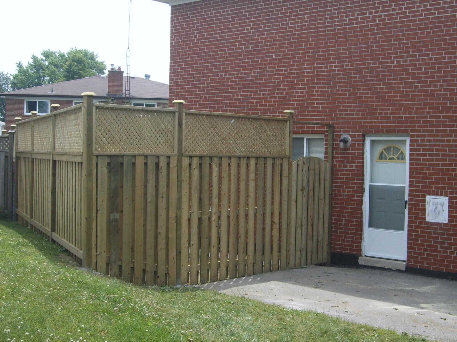 Fence 11.JPG