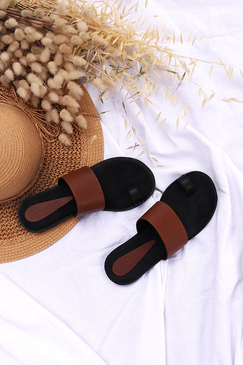 Leather Toe Detail Sandals - Black & Tan
