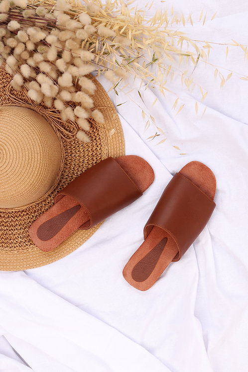 Leather Sliders - Tan