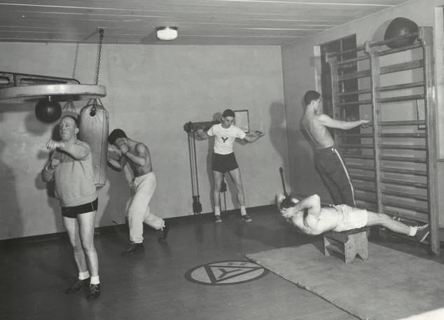 gym-YMCA-1986-359_02-c.jpg