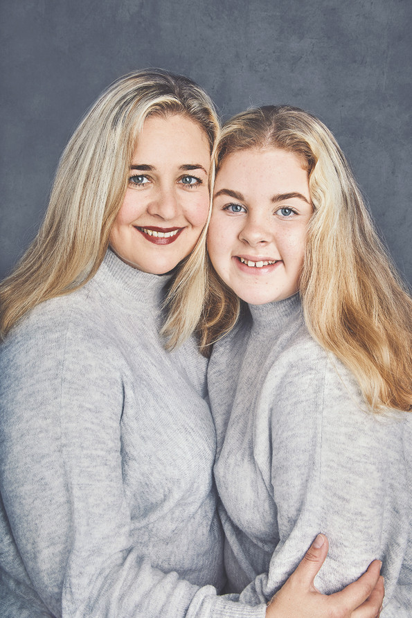 Nicoleogisabella-ny-web.jpg