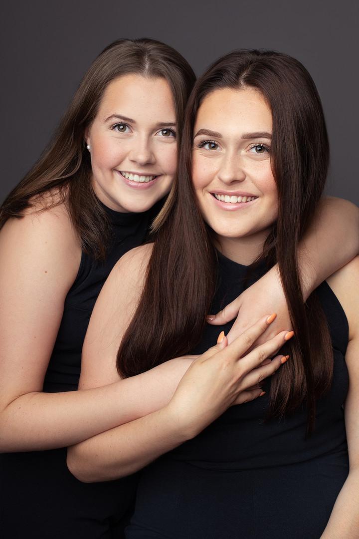 Henriette-og-Maria-Fotograf-Tina-Bergers