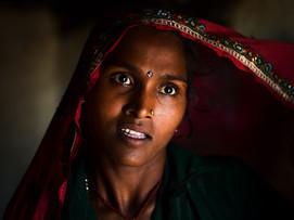 Lady India - travel photographer.jpg