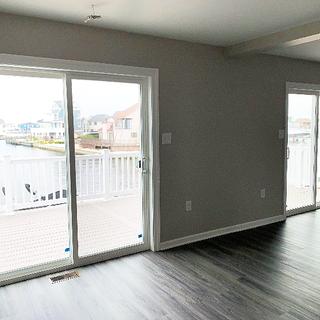 Tatakis Livingroom Doors