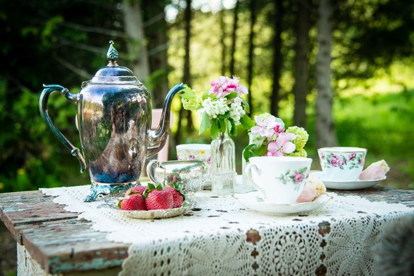 wedding outdoor tea party