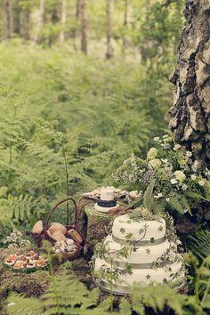 Fairytale Cake Reception