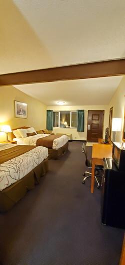 Two Queen Beds 5