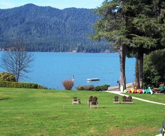 Lake Quinault Lodge.jpg