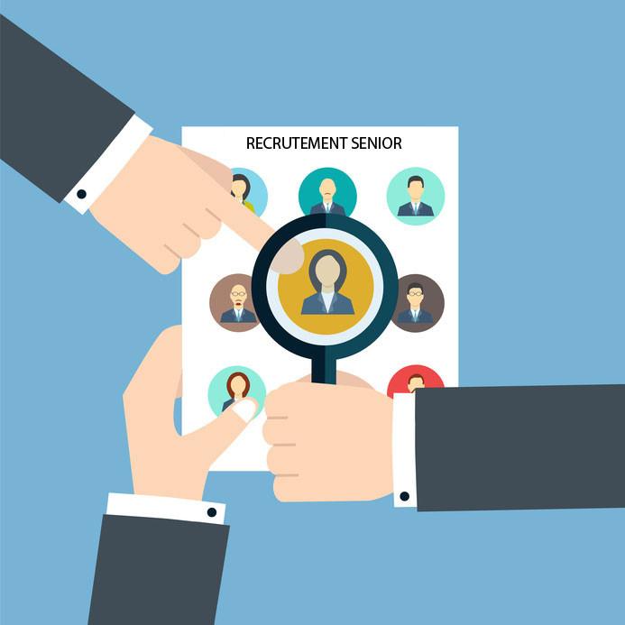 woozjob-recrutement-blog-recruter-un-senior-quels-avantages-pour-lentreprise