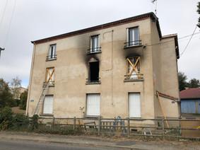 Bâtiment de 3 logements - CHAZEELLE SUR LYON (42)