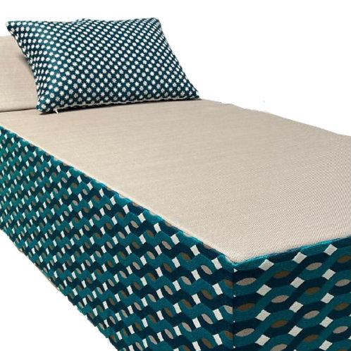 PETIT MEGEVE   Bed de Plage et Piscine    200x88xh38 cm