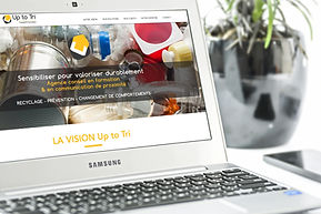 essens-consulting-mockup-site-web-up-to-