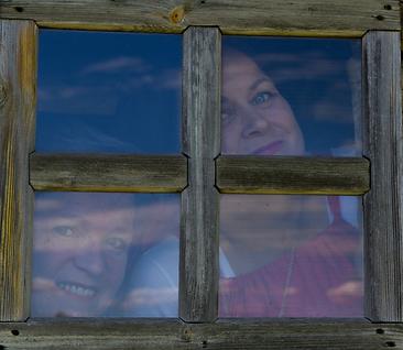 Liisa ja Tellu ikkuna.png