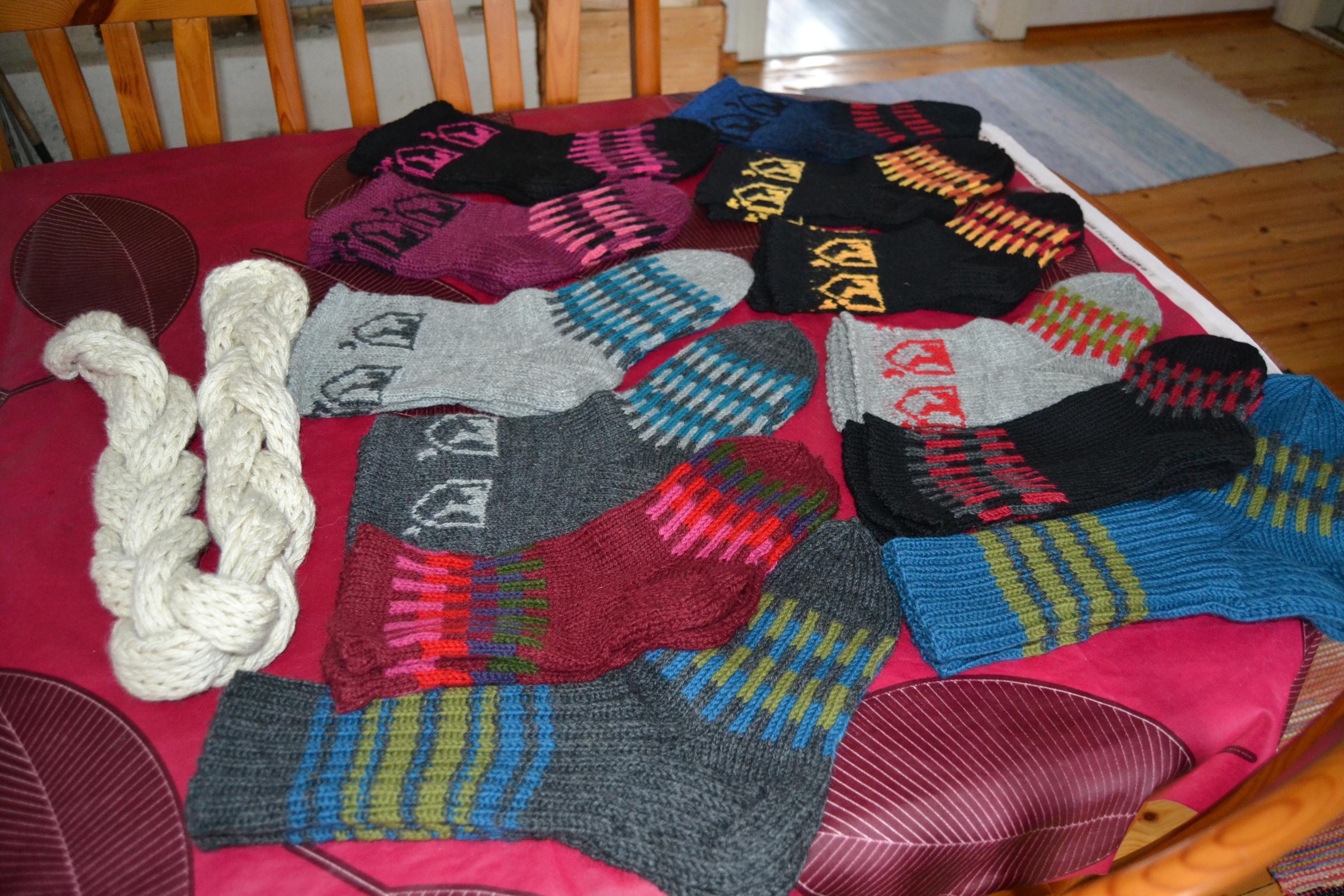 Suden aika -sukkia ja muitakin