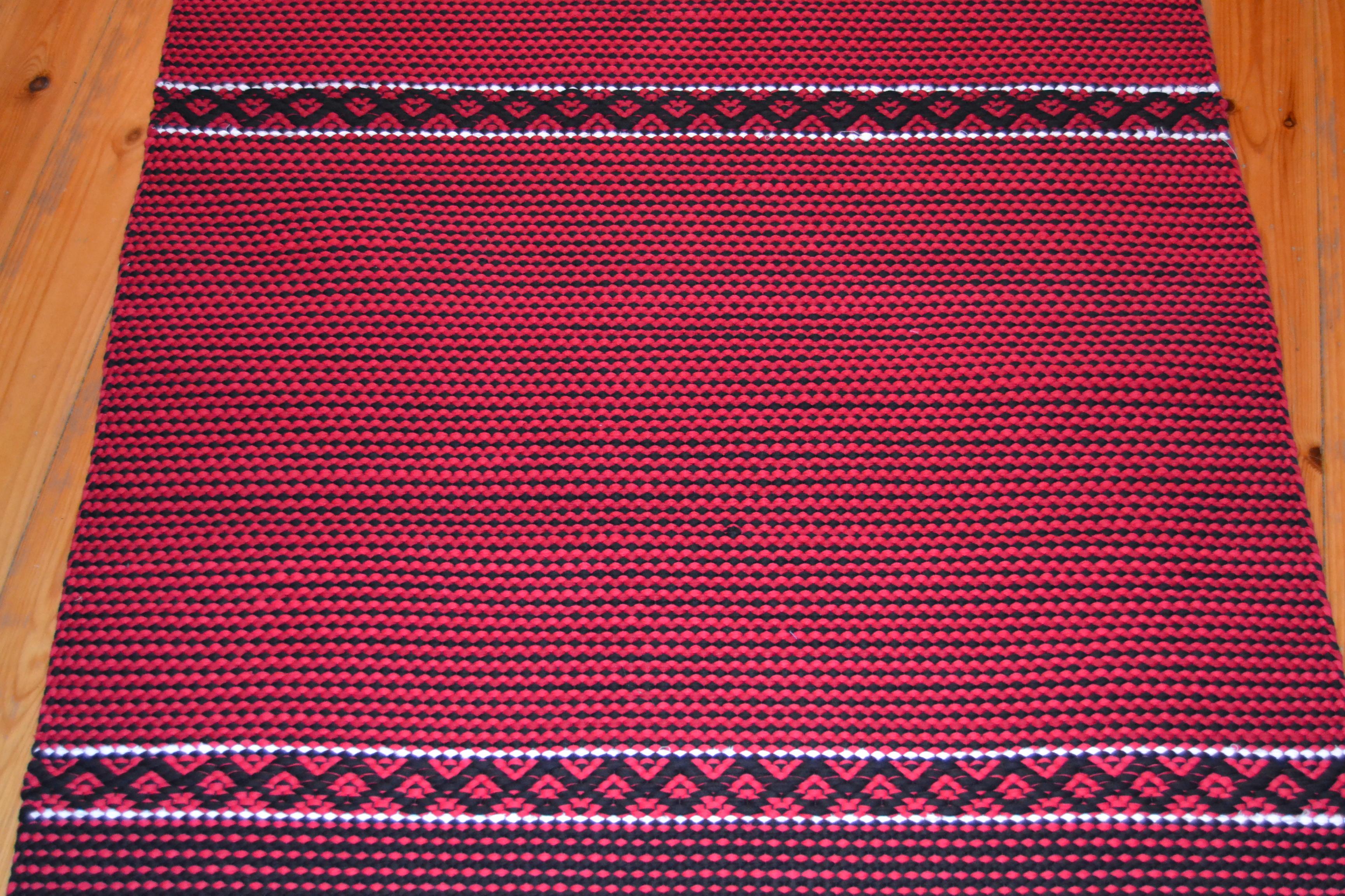 Salmiakki-Karjala -matto