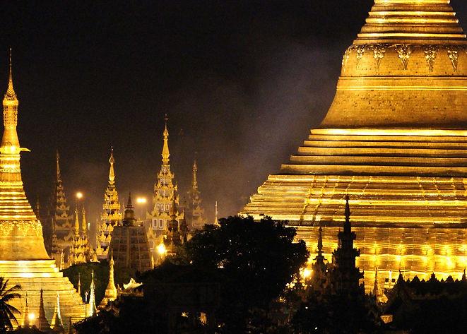 Shwedagon Pagoda_Myanmar.jpg