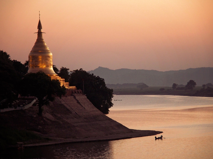 Ayeyarwaddy Sunset, Bagan