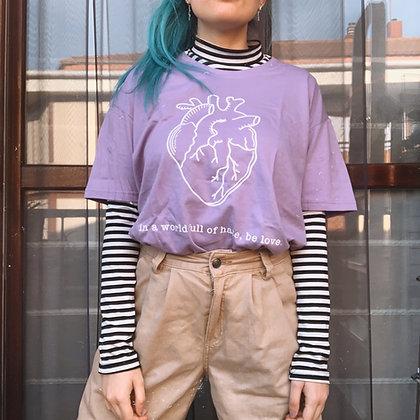 """Camiseta """"be love"""""""