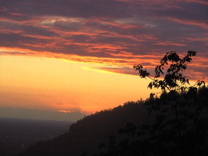 Traumhafte Sonnenuntergänge von Ihrem Balkon aus genißen