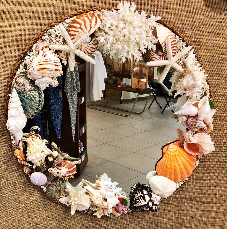 Circle Shell Mirror