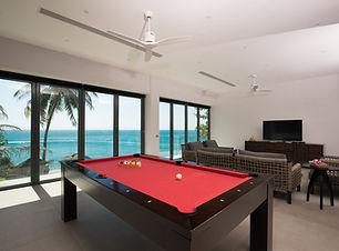 Villa Sunyata - Pool Table with Sea View