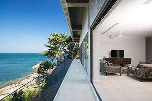 Villa Sunyata - Loft Terrace overlooking