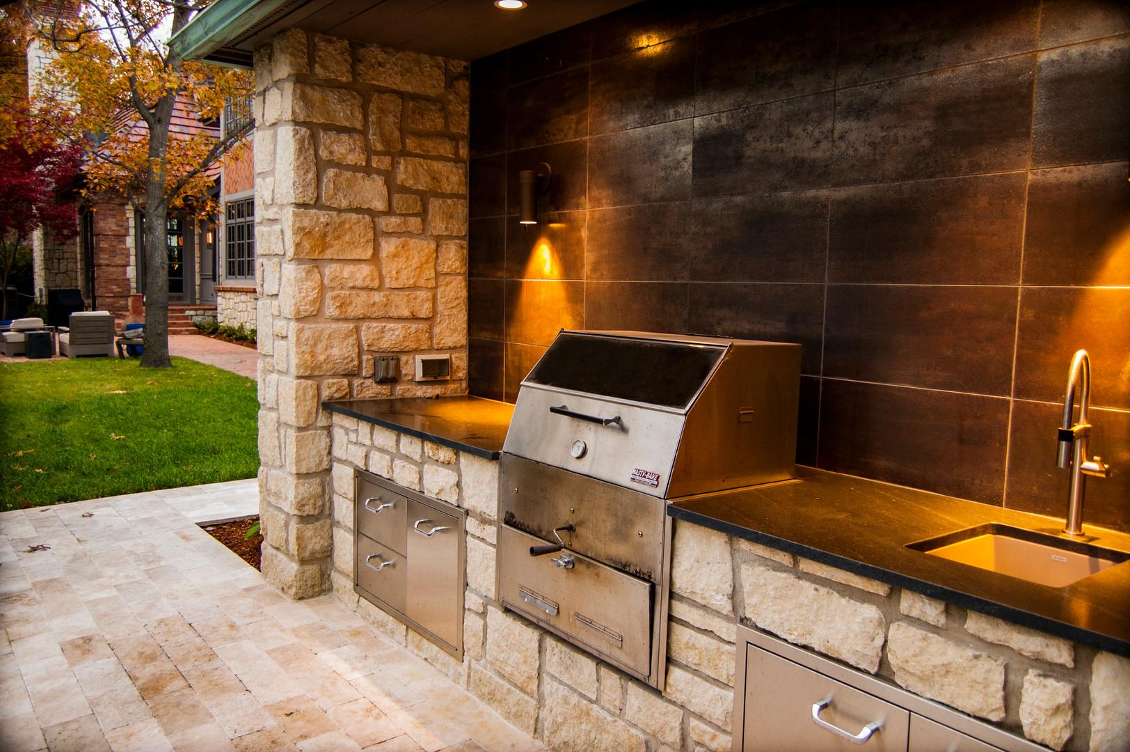 Outdoor kitchen tulsa.jpg