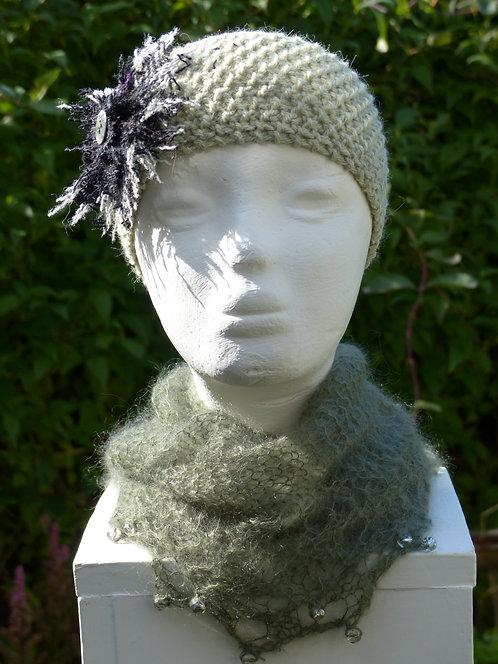 Light Green Headband with a Black/White Trim