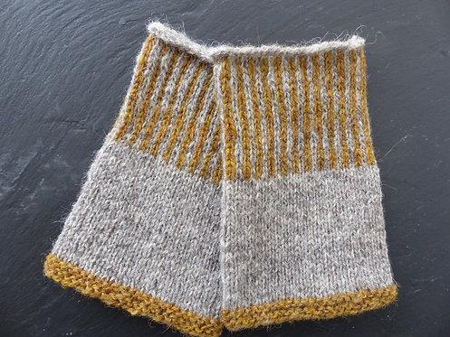 Light Grey/Mustard Wool Wristlet