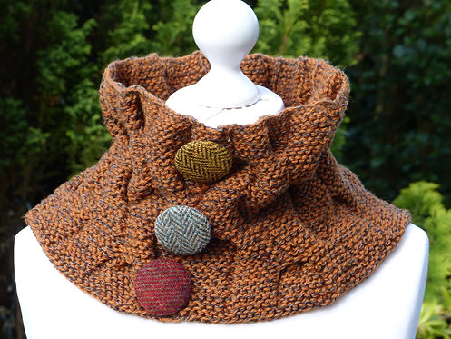 Terracotta Collar with Multicolour Buttons